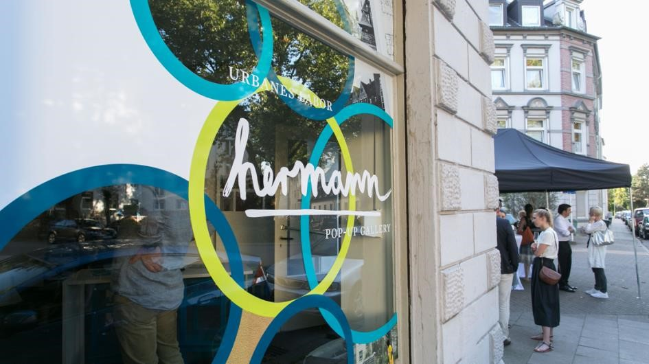 "Pop-up Gallery ""hermann"" im Essener Eltingviertel"